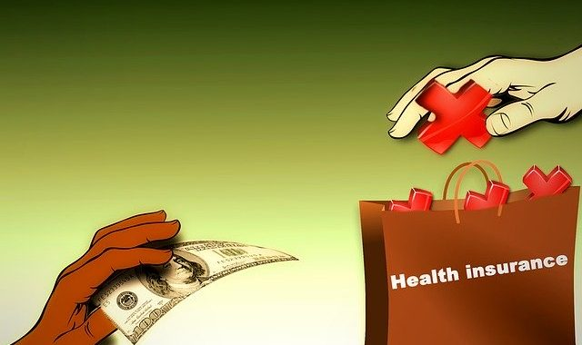 Why everyone should avail health insurance ?