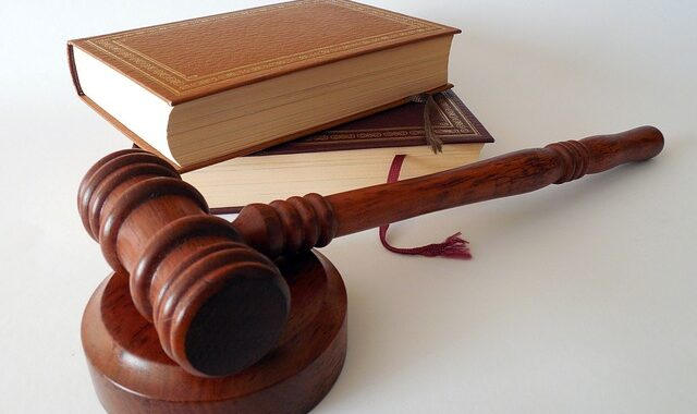 Top Benefits for Hiring a Professional Family Lawyer