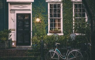 Top tips for finding the best family homes in Windsor